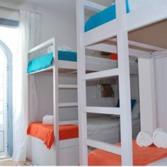 Ale-Hop Albufeira Hostel Кровать в общем номере с двухъярусной кроватью фото 9