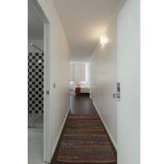Отель Fine Arts Guesthouse 4* Стандартный номер с 2 отдельными кроватями фото 15