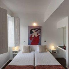 Отель Fine Arts Guesthouse 4* Стандартный номер с 2 отдельными кроватями