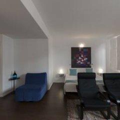 Отель Fine Arts Guesthouse 4* Стандартный номер с различными типами кроватей фото 11