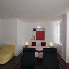 Отель Fine Arts Guesthouse 4* Стандартный номер с различными типами кроватей фото 8