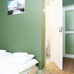 Old Town Munkenhof Guesthouse - Hostel Стандартный номер с двуспальной кроватью фото 3