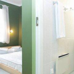 Old Town Munkenhof Guesthouse - Hostel Стандартный номер с двуспальной кроватью фото 5