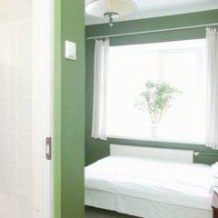 Old Town Munkenhof Guesthouse - Hostel Стандартный номер с двуспальной кроватью фото 2