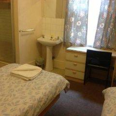 The Crystal Lodge Hotel 2* Стандартный номер с различными типами кроватей (общая ванная комната) фото 13