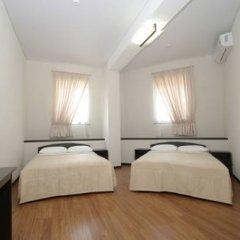 Гостиница Максим Горький 3* Стандартный семейный номер разные типы кроватей фото 4