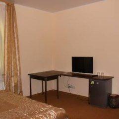 Гостиница Оазис в Лесу Стандартный семейный номер с различными типами кроватей фото 5