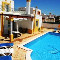 Отель Villa Golfinho Вилла с различными типами кроватей фото 17