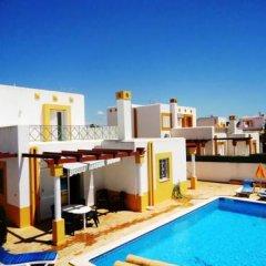 Отель Villa Golfinho Вилла с различными типами кроватей фото 7