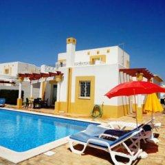 Отель Villa Golfinho Вилла с различными типами кроватей фото 11