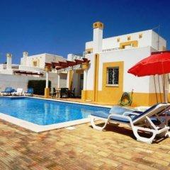 Отель Villa Golfinho Вилла с различными типами кроватей фото 18