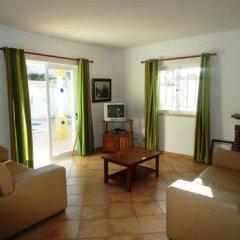 Отель Villa Golfinho Вилла с различными типами кроватей фото 3