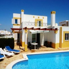 Отель Villa Golfinho Вилла с различными типами кроватей фото 14
