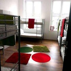 Chłodna29 Hostel Кровать в общем номере с двухъярусной кроватью