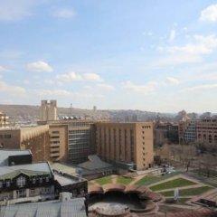 Апартаменты Rent in Yerevan - Apartments on Sakharov Square Апартаменты разные типы кроватей