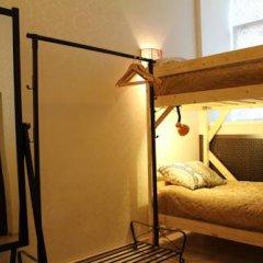 Гостиница Amigo Tzvetnoi Bulvar Кровать в общем номере с двухъярусной кроватью фото 48