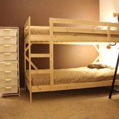 Гостиница Amigo Tzvetnoi Bulvar Кровать в общем номере с двухъярусной кроватью фото 3