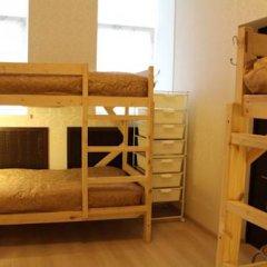 Гостиница Amigo Tzvetnoi Bulvar Кровать в общем номере с двухъярусной кроватью фото 46