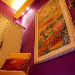Отель La Casa Dell'Artista Стандартный номер с двуспальной кроватью (общая ванная комната) фото 2