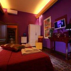 Отель La Casa Dell'Artista Стандартный номер с двуспальной кроватью (общая ванная комната) фото 6