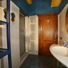 Отель La Casa Dell'Artista Стандартный номер с двуспальной кроватью (общая ванная комната) фото 5