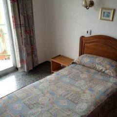 Отель Hostal Juan Palma Стандартный номер с различными типами кроватей фото 4