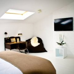 Отель B&B House Ninety 3* Люкс с различными типами кроватей фото 10