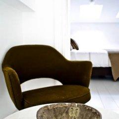 Отель B&B House Ninety 3* Люкс с различными типами кроватей фото 12