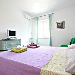 Отель Stairs of Trastevere 3* Стандартный номер с двуспальной кроватью фото 4