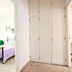 Отель Stairs of Trastevere 3* Стандартный номер с двуспальной кроватью фото 5