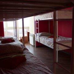Hostel Matryoshka and Mishka Кровать в общем номере двухъярусные кровати фото 9