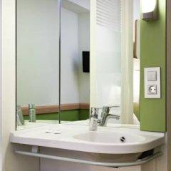 Отель Ibis Budget Madrid Centro Las Ventas Стандартный номер с различными типами кроватей фото 7