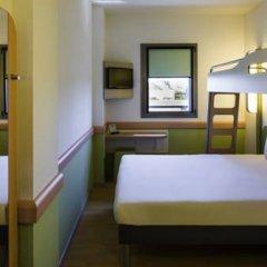 Отель Ibis Budget Madrid Centro Las Ventas Стандартный номер с различными типами кроватей фото 9