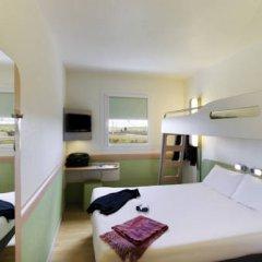 Отель Ibis Budget Madrid Centro Las Ventas Стандартный номер с различными типами кроватей фото 4