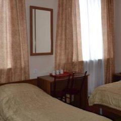 Гостиница Варз-400 2* Номер Эконом с разными типами кроватей (общая ванная комната)