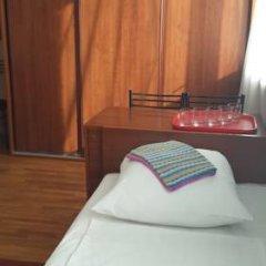 Гостиница Варз-400 2* Стандартный семейный номер с разными типами кроватей фото 6