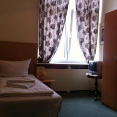 Hotel Pension Rheingold 2* Номер с общей ванной комнатой с различными типами кроватей (общая ванная комната)