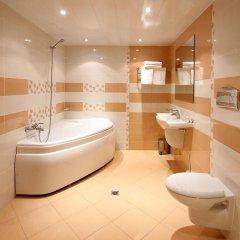 Отель Interhotel Cherno More 4* Улучшенный номер с различными типами кроватей фото 3