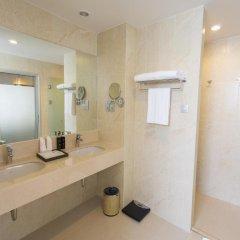 Отель Ramada by Wyndham Phuket Deevana Patong Номер Делюкс с двуспальной кроватью фото 3