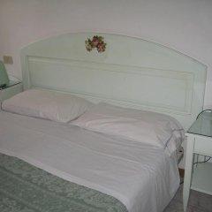 Adua Hotel 2* Стандартный номер с различными типами кроватей (общая ванная комната)