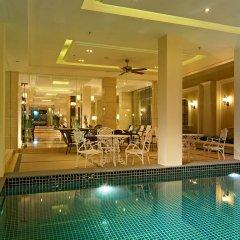 Gulliver`S Tavern Hotel Бангкок бассейн