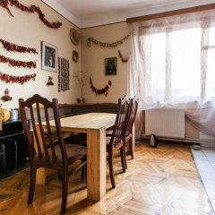 Отель Dvizh Hostel Eli Spali Грузия, Тбилиси - отзывы, цены и фото номеров - забронировать отель Dvizh Hostel Eli Spali онлайн в номере