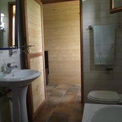 Отель Lake Shkodra Resort 3* Шале с различными типами кроватей фото 15