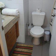 Отель Tucapel Чили, Сантьяго - отзывы, цены и фото номеров - забронировать отель Tucapel онлайн ванная