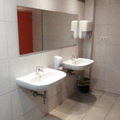 Отель Hostelscat Барселона ванная