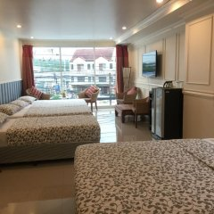 Отель Phuket Airport Suites & Lounge Bar - Club 96 Семейный люкс с двуспальной кроватью фото 2