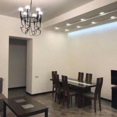Отель Rent in Yerevan - Apartments on Deghatan str. Армения, Ереван - отзывы, цены и фото номеров - забронировать отель Rent in Yerevan - Apartments on Deghatan str. онлайн помещение для мероприятий