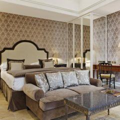 Отель Relais Christine 5* Номер Делюкс с различными типами кроватей фото 2