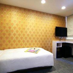 Отель Ximen Taipei DreamHouse 2* Стандартный номер с 2 отдельными кроватями фото 11