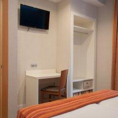 Отель Hostal Boqueria Стандартный номер с двуспальной кроватью фото 21